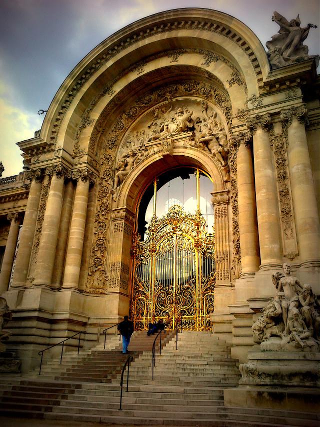 gate in paris