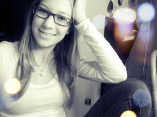 people sarah lights glasses interesting emotions