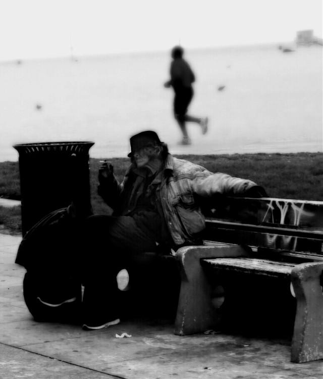 The Smoker & The Runner, Venice Beach, California